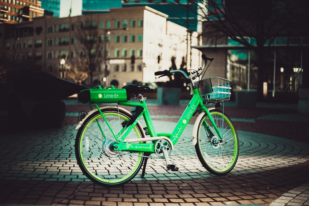 green cruiser bicycle