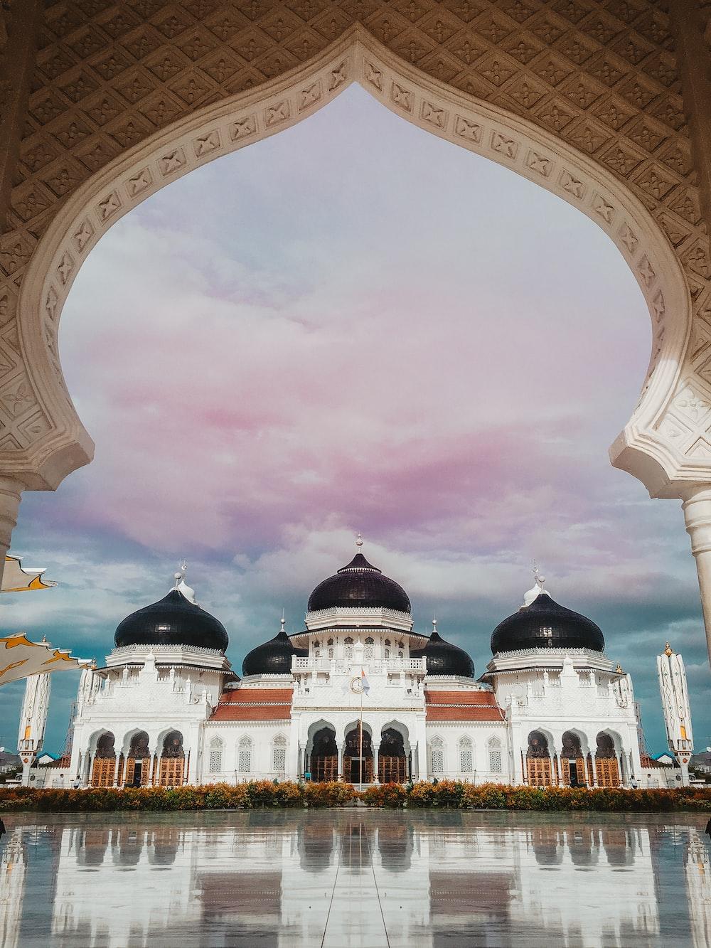 Free Masjid Raya Baiturrahman Image On Unsplash