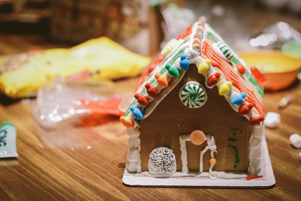candy house décor
