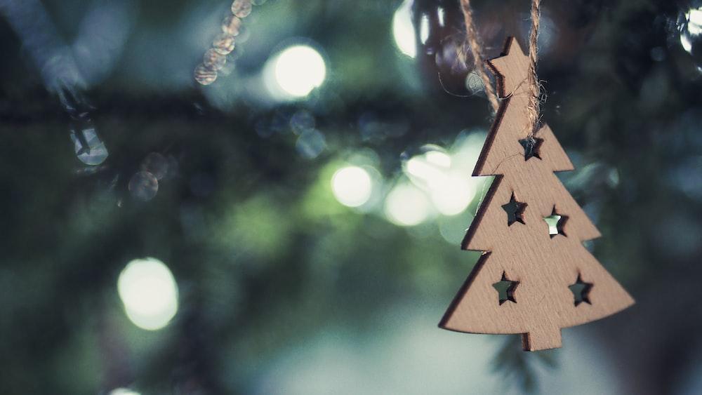 brown Christmas tree decor