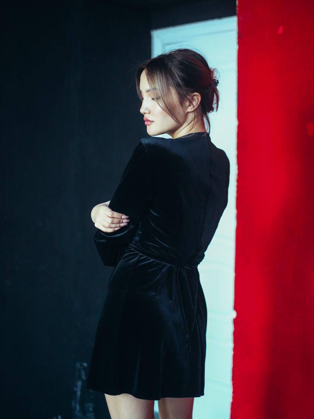 women's black silk long-sleeved dress