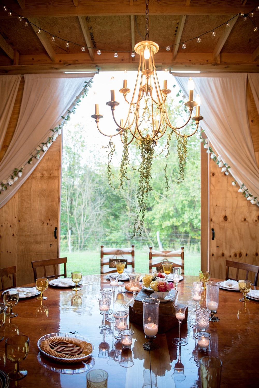 fine dining under gold chandelier
