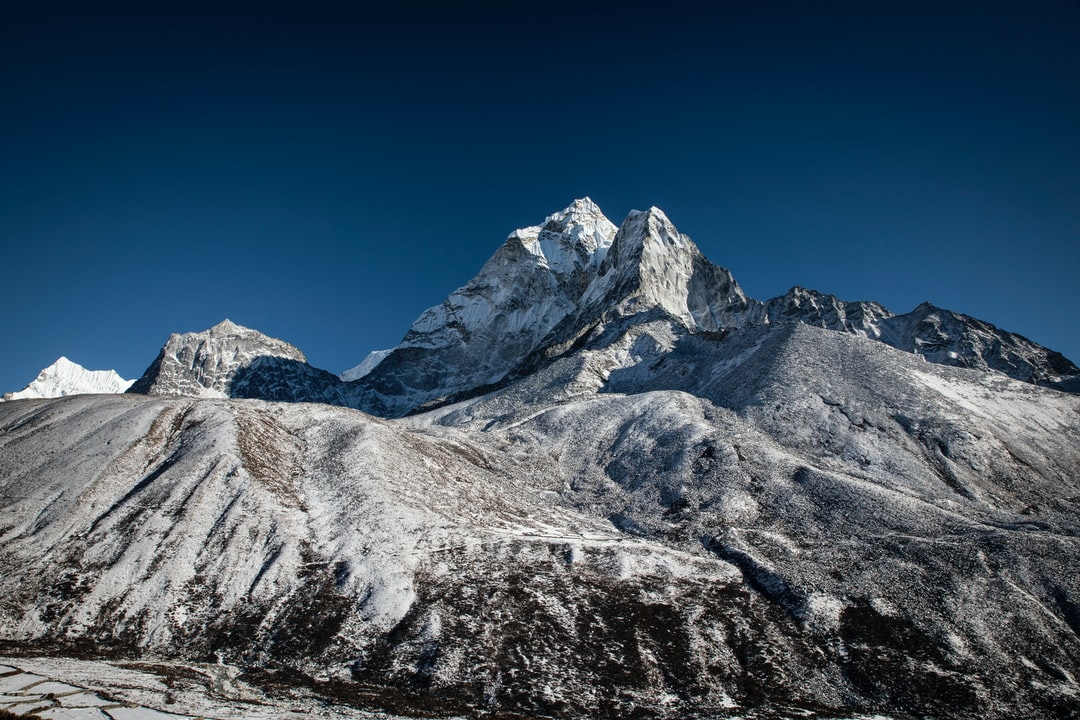 A last glimpse of Ama Dablam on the trail from Dingboche to Lobouche.