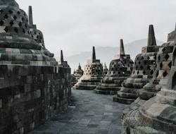 Yogyakarta – Borobudur Tempel - Yogyakarta (F)