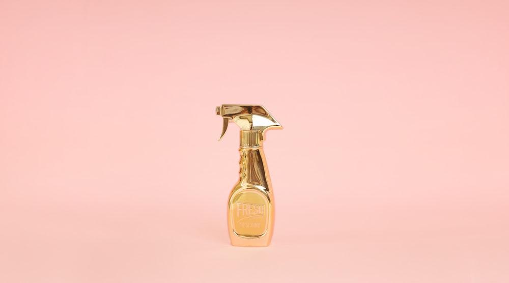 gold spray bottle