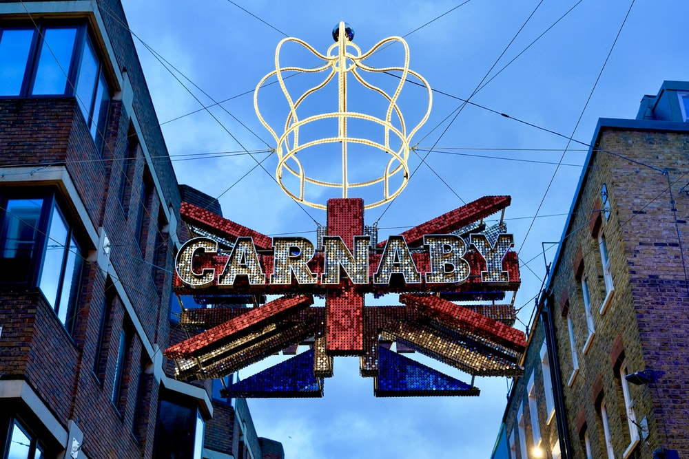 carnaby signage