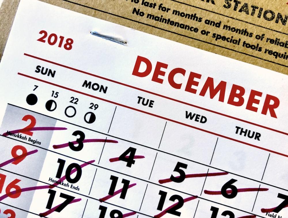 2018 December calendar with crossout marks