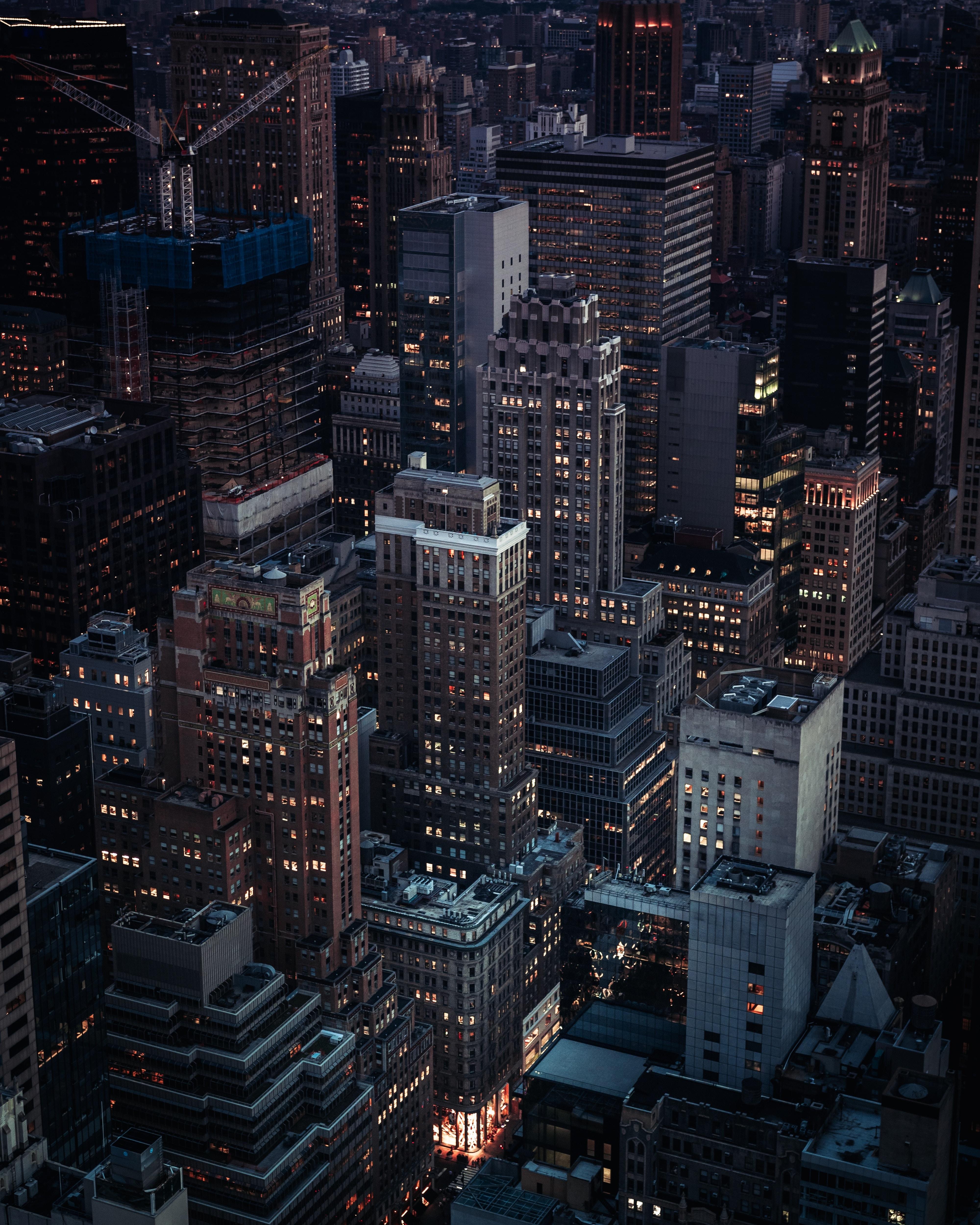 skycraper during nighttime