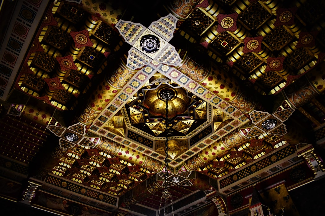 A click of a ceiling in Cardiff Castle
