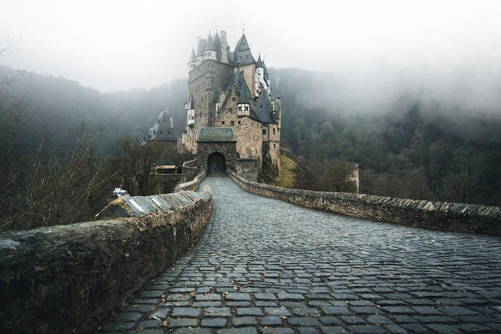 Eltz Castle, Germany during daytime