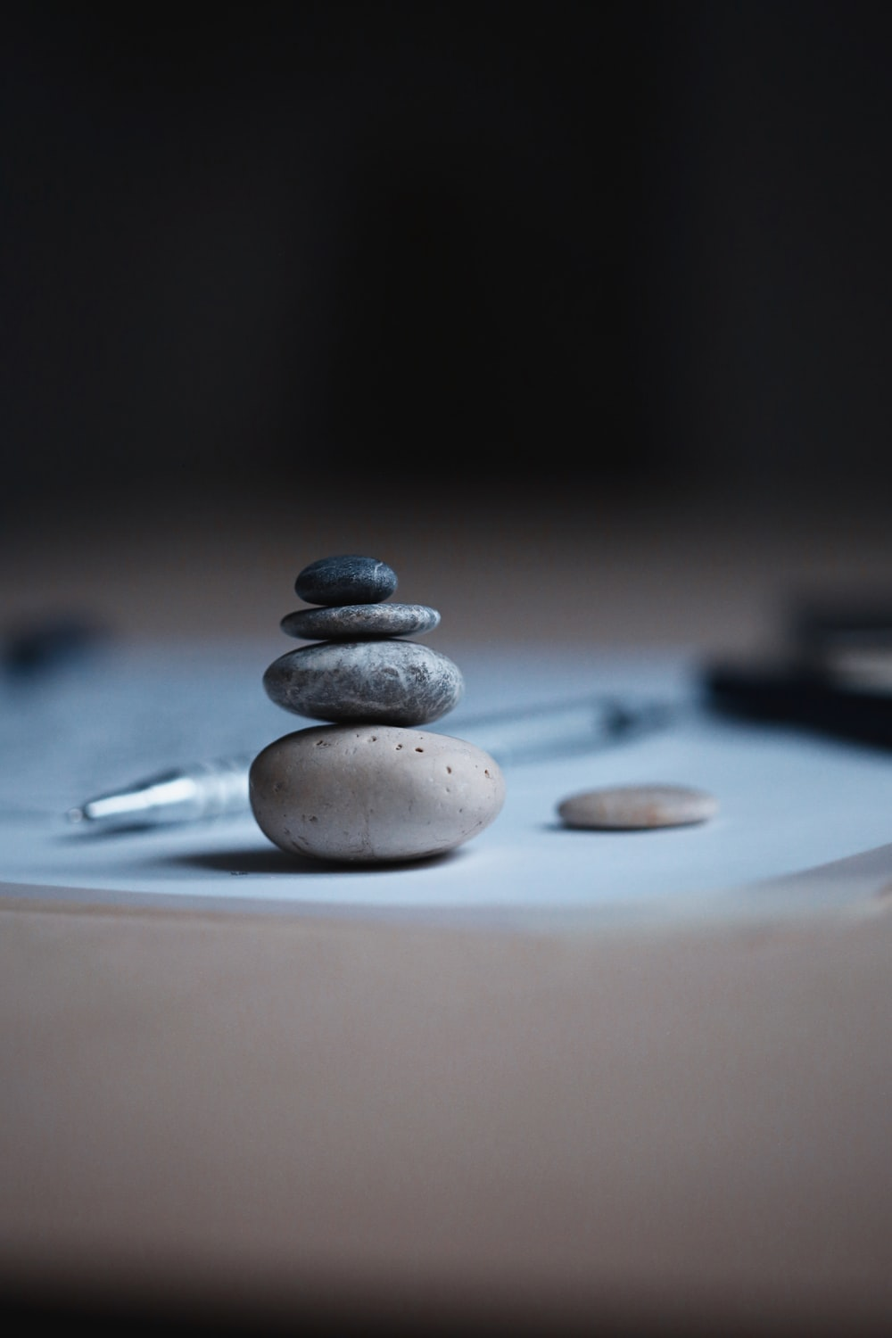 shallow focus photo of balance stones