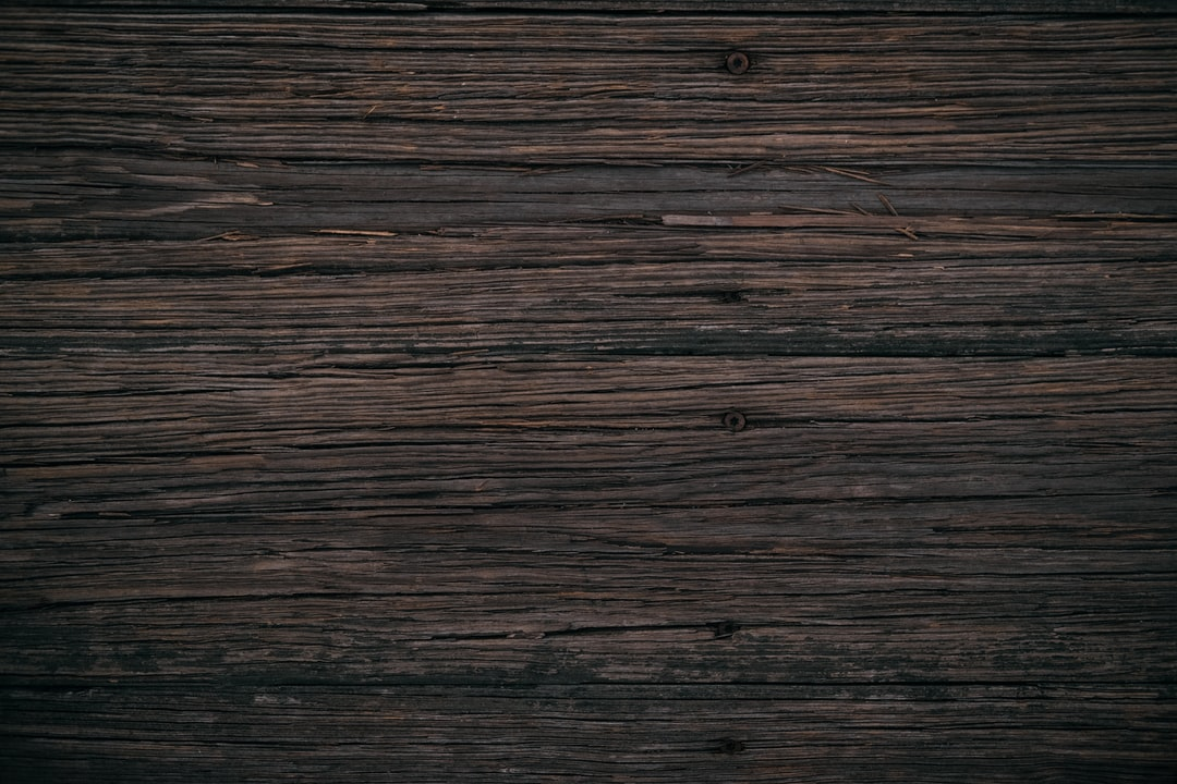 brown <b>wooden</b> board photo – Free <b>Wood</b> Image on Unsplash