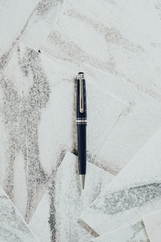 black click pen