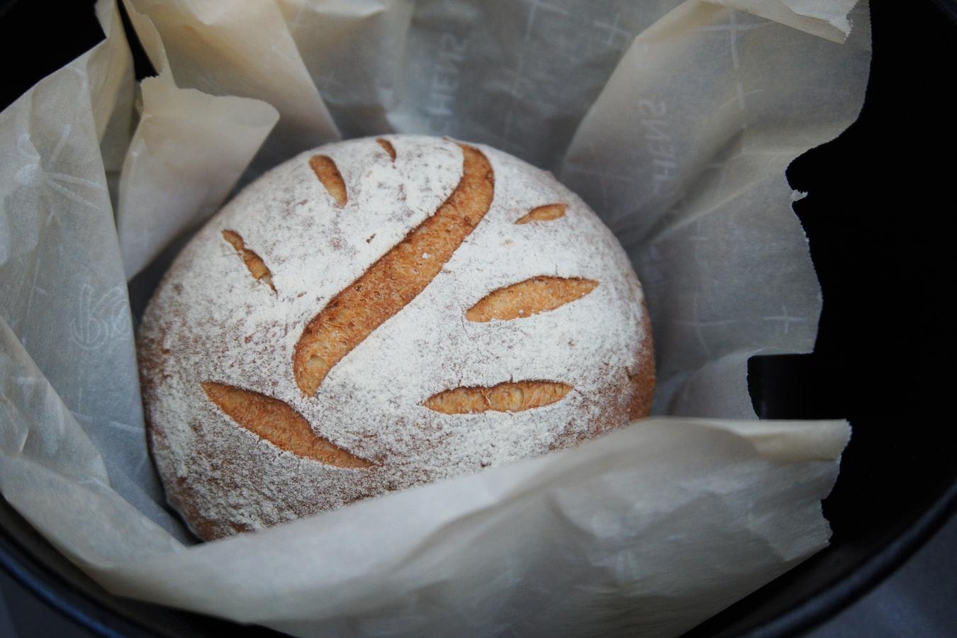 domácí chleba z pekárny