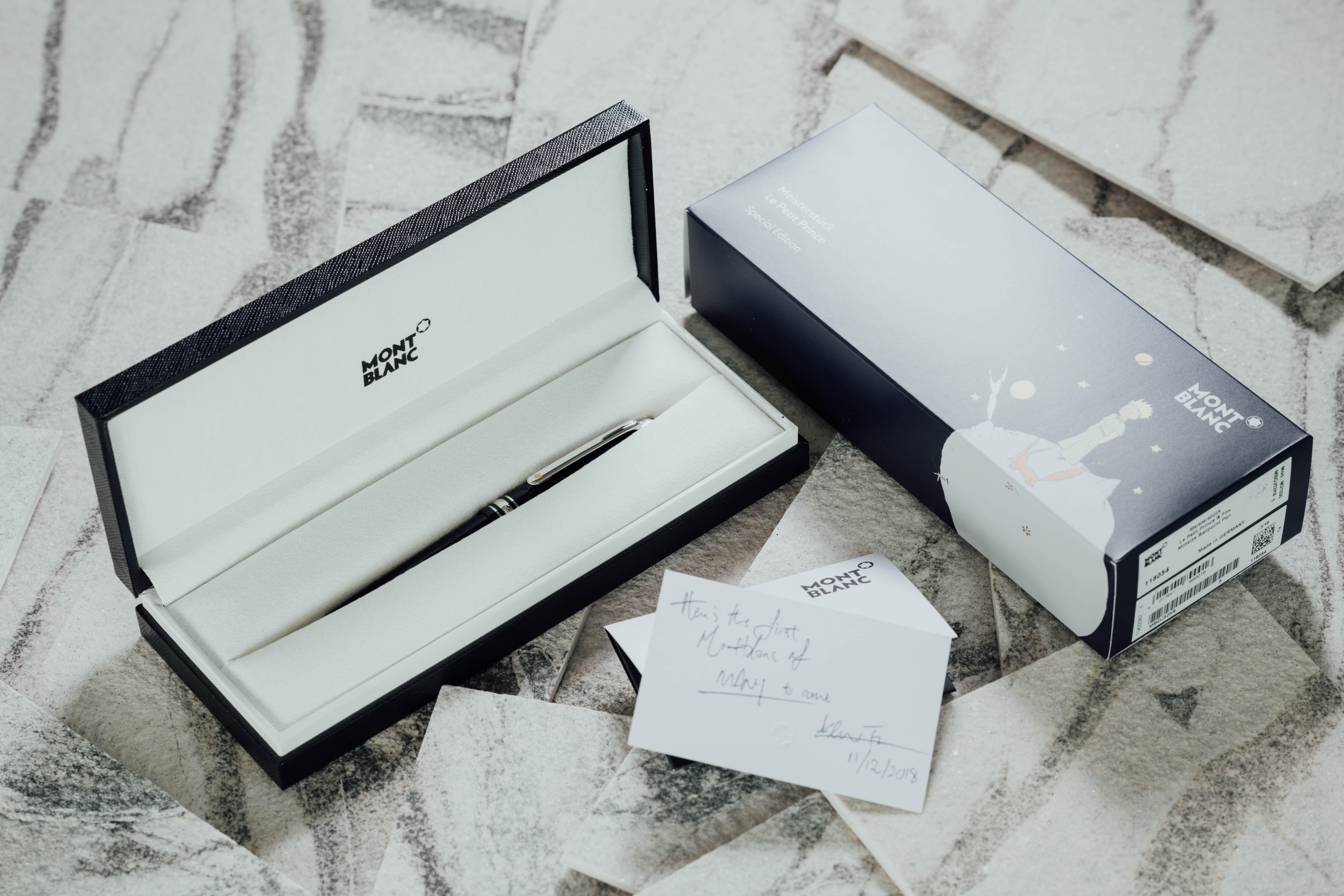 white and black HP printer