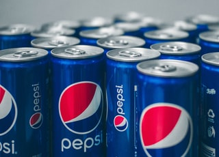 Pepsi can lot