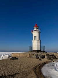 I've been fascinated by lighthouses for a long, long time. Unfortunately, there's no sea—and thus no lighthouses—where I live. That's why I was excited to visit Tokarevsky lighthouse during my Vladivostok trip.