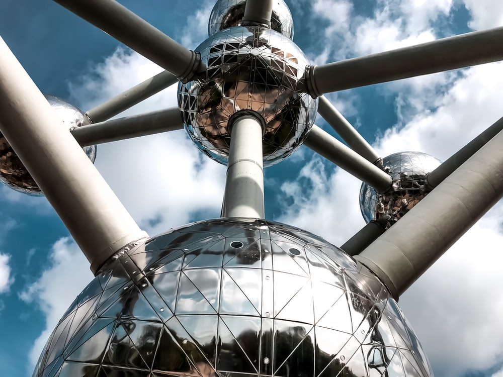 The Atomium on Germany during daytime