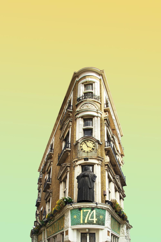 clock in 174 building facade