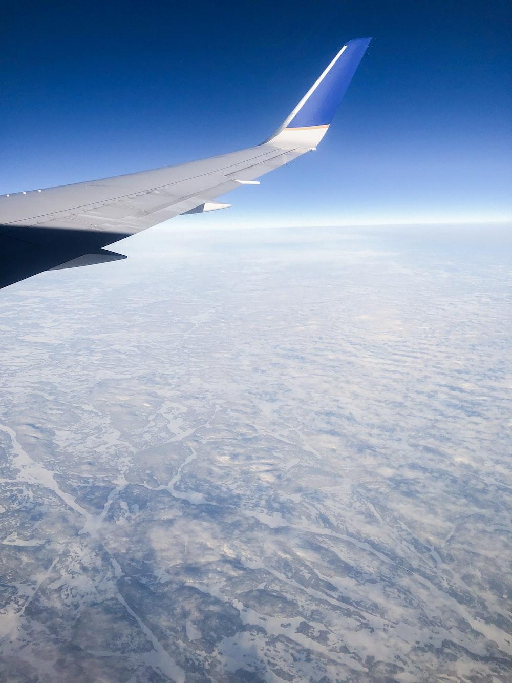 plane on mid air