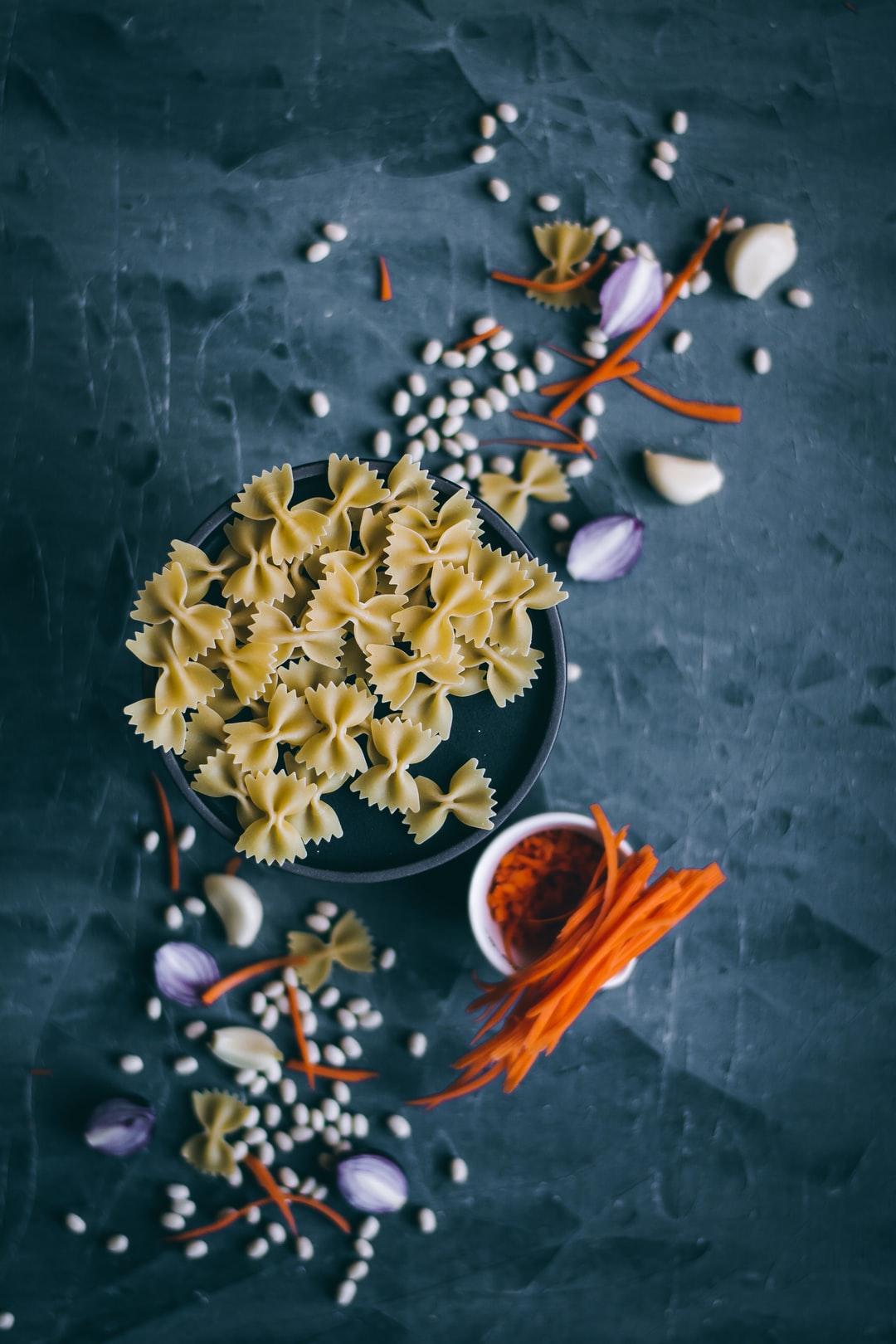 Bow tie pasta flat lay - of all the kinds of pasta out there, I find bow ties extra pretty!