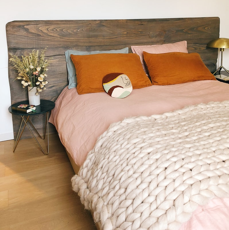 Headboards | 10 Keys to Attain an Exceptional Bedroom based on Feng Shui