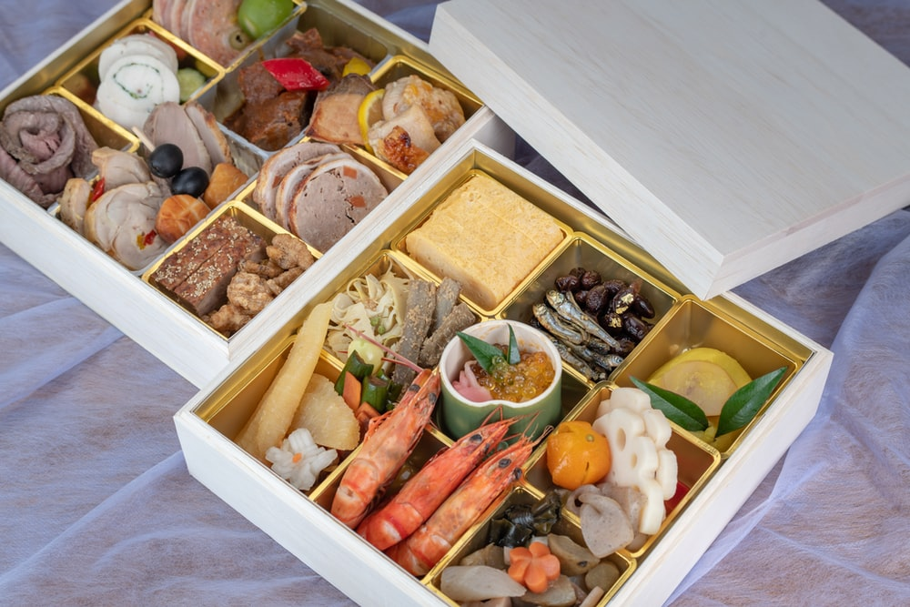 seafoods in tray