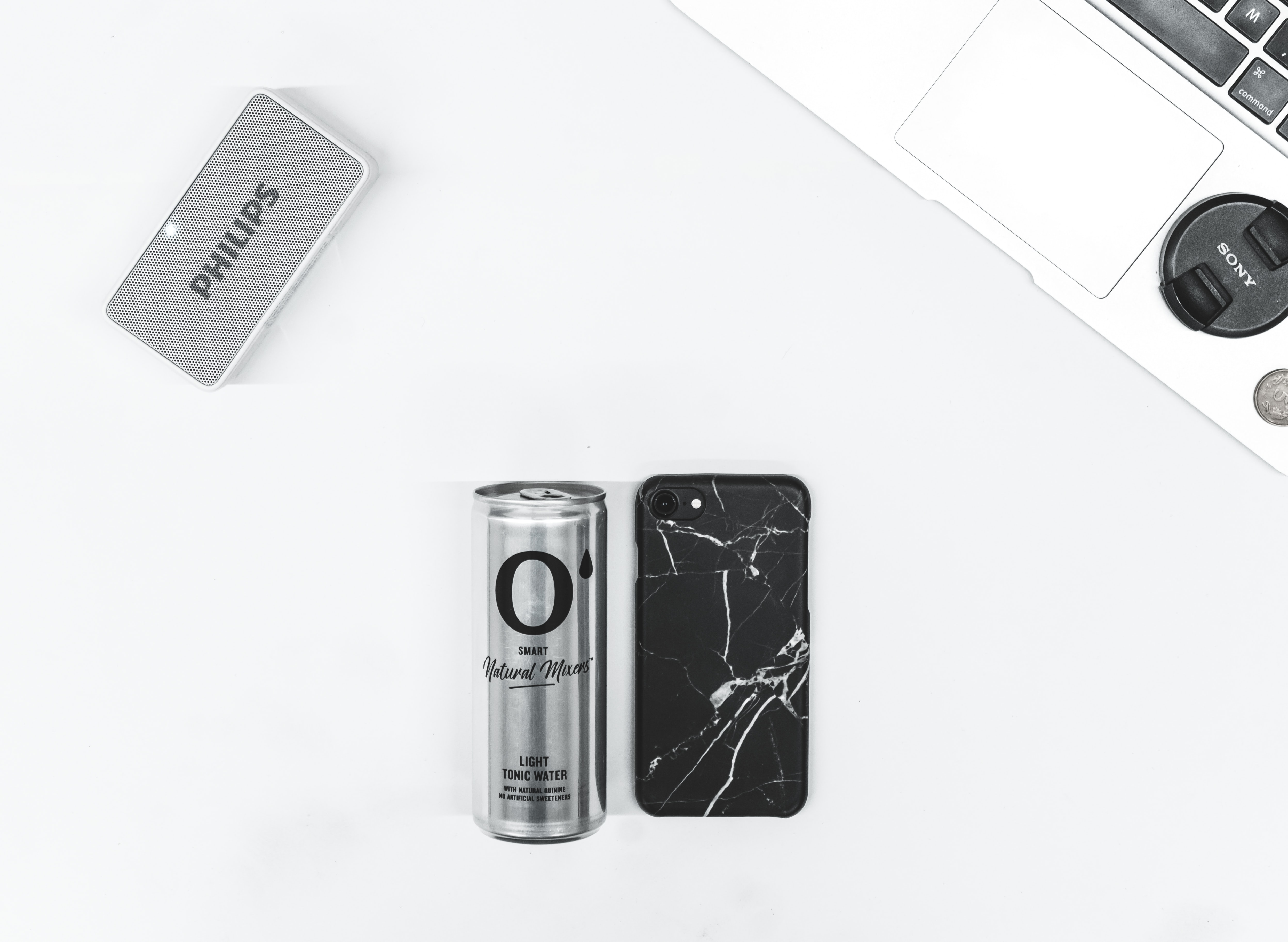 black iPhone 7 beside cna