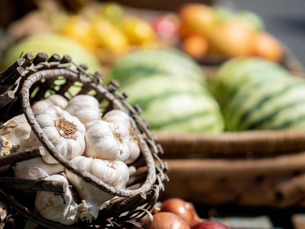 garlic in basket