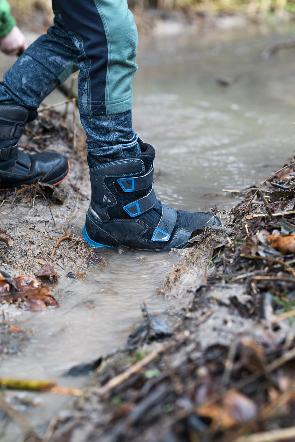 blue-and-black snow boots
