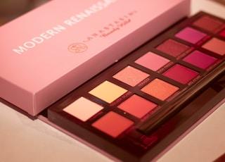 Modern Renaissance Anastasia Beverly Hills makeup palette