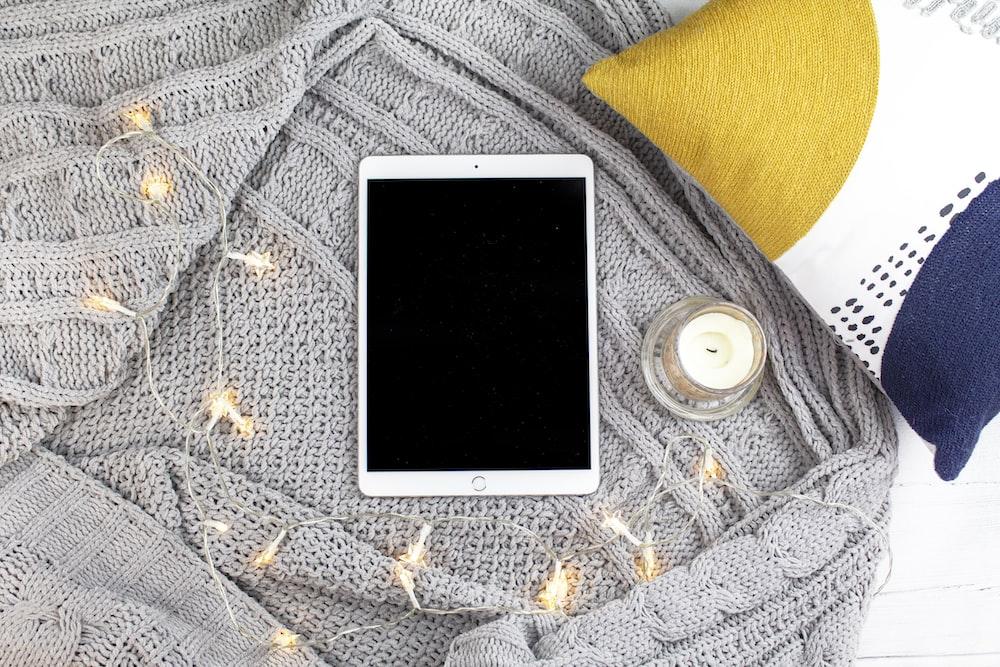 silver iPad