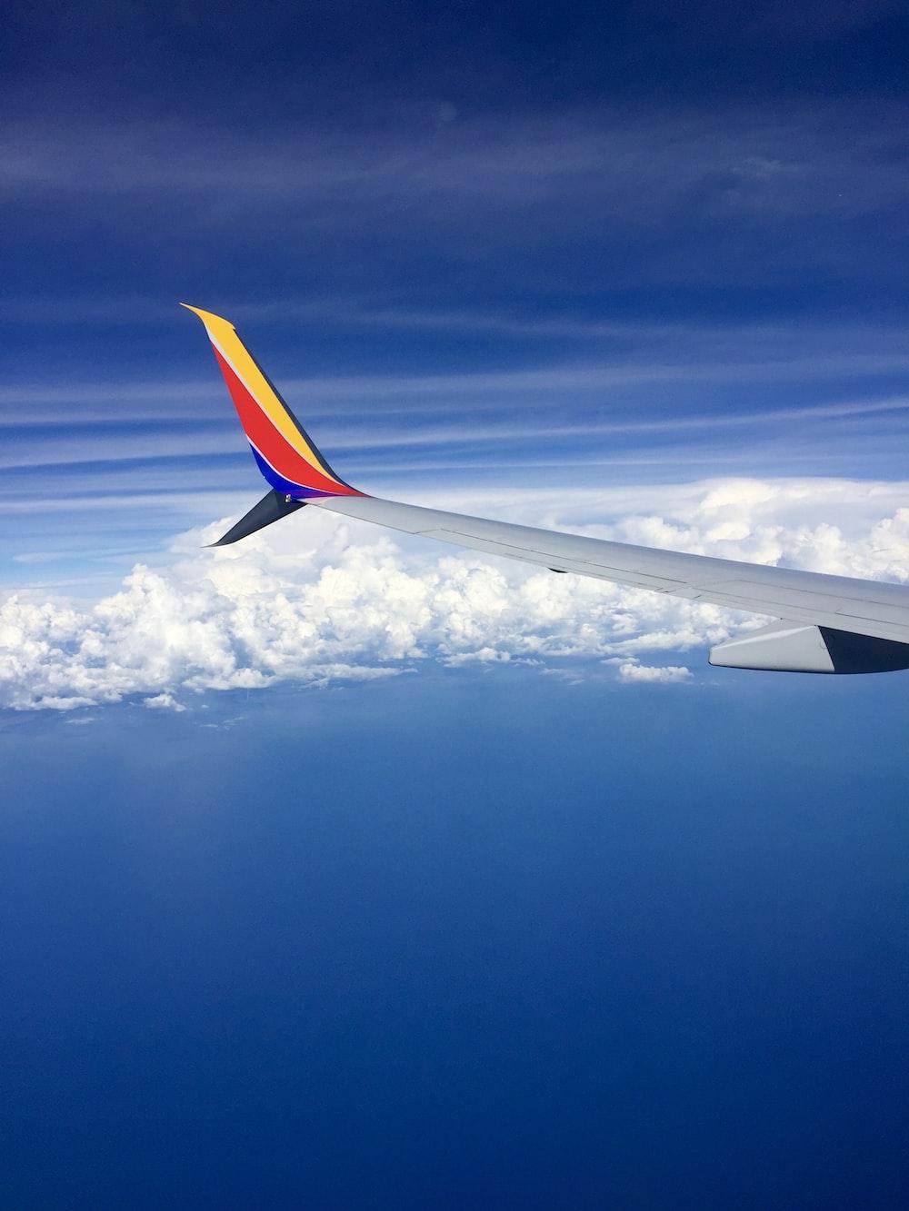 white airliner plane