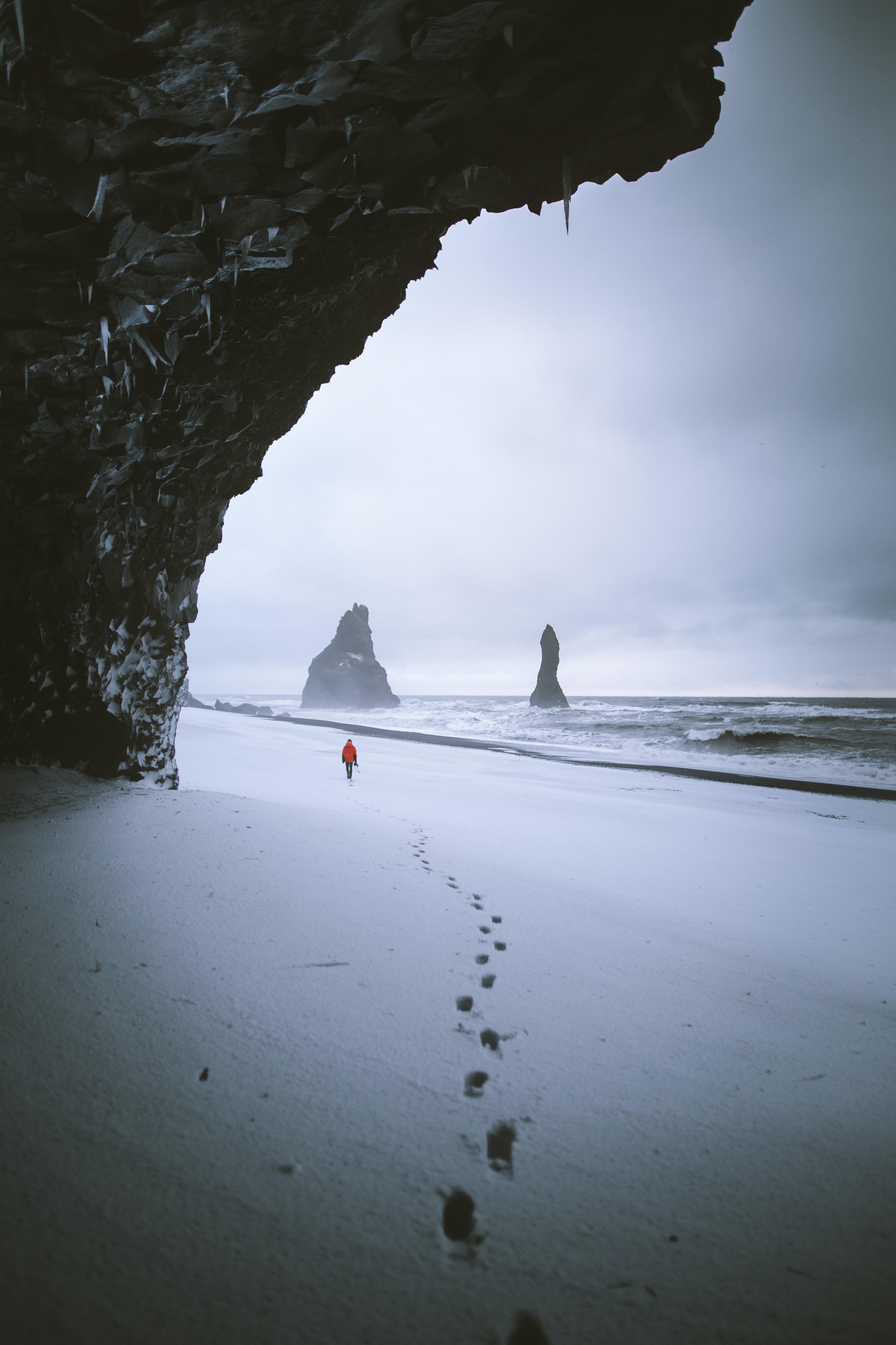footprints memory stories