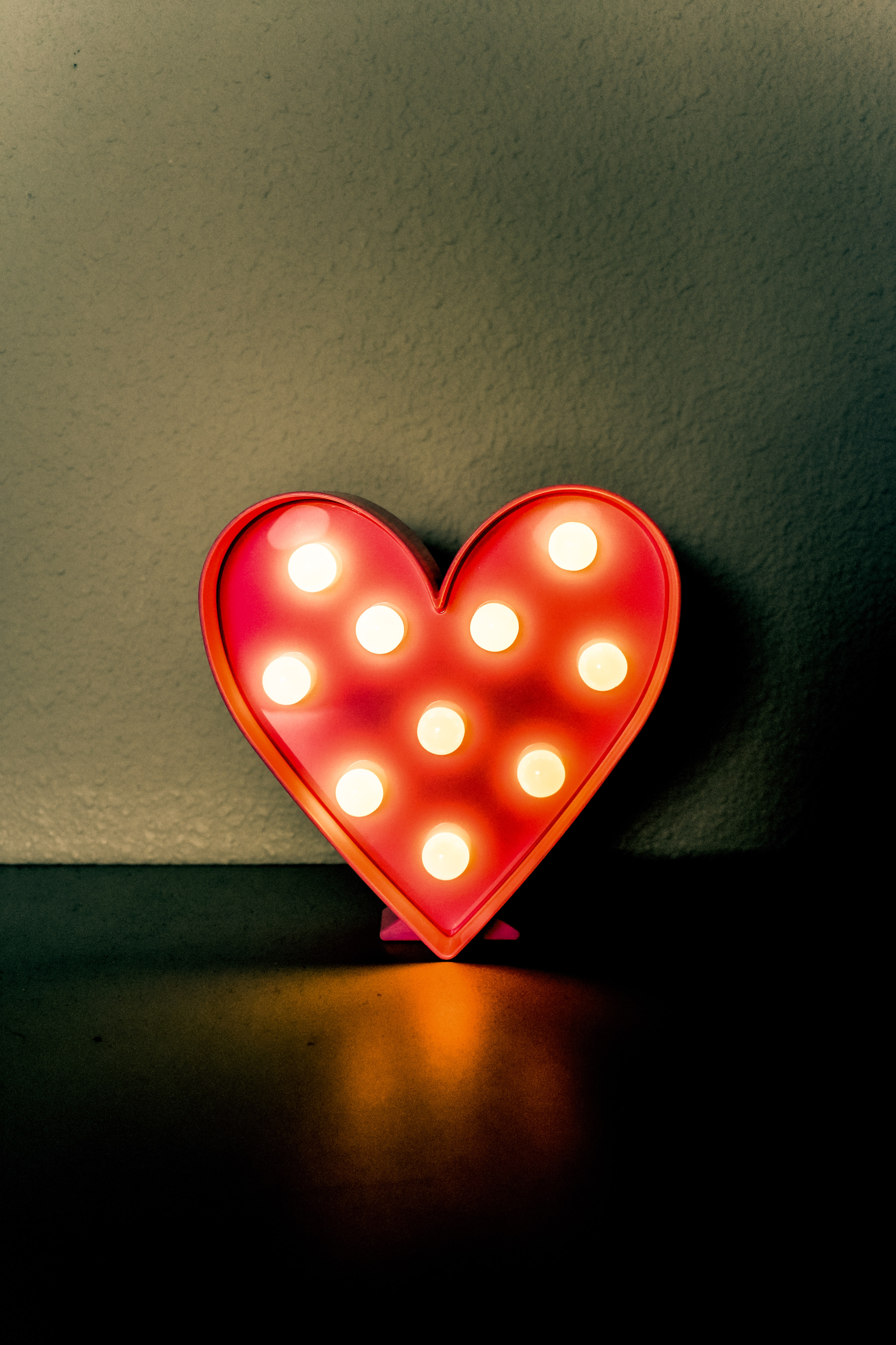 red and white led lighted heart decor