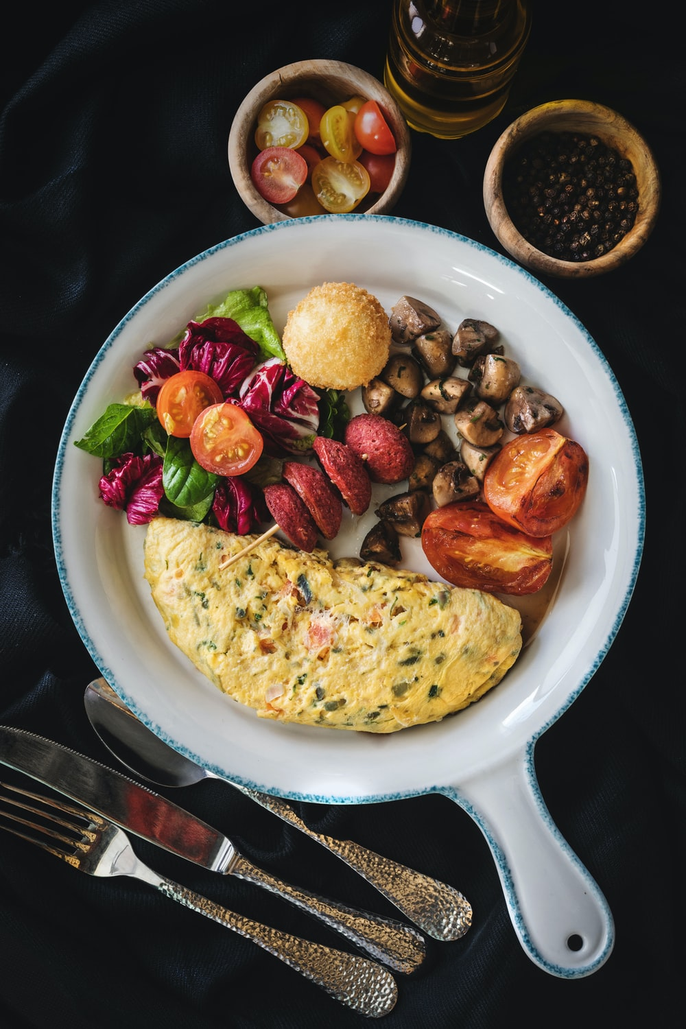 egg omelets with potato