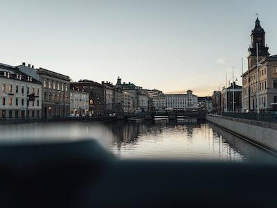 Svezia niente lockdown: esplodono i contagi