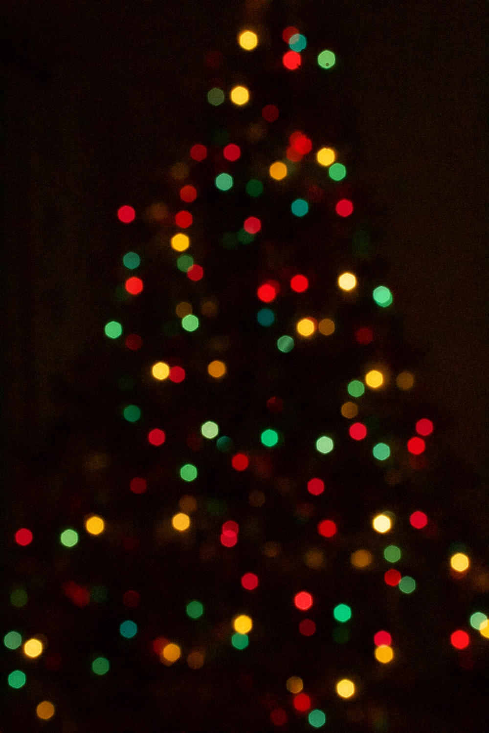 Christmas Tree With Lights.Christmas Tree Light Pictures Download Free Images On Unsplash