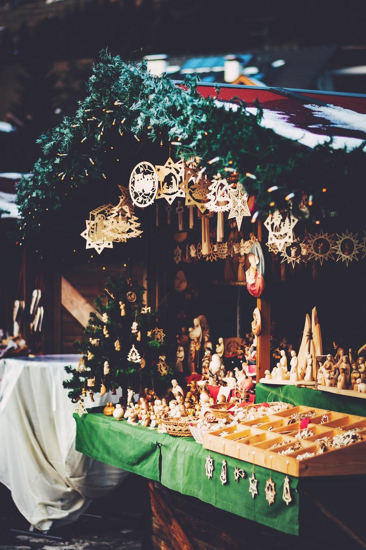 Santa Clause figurine lot