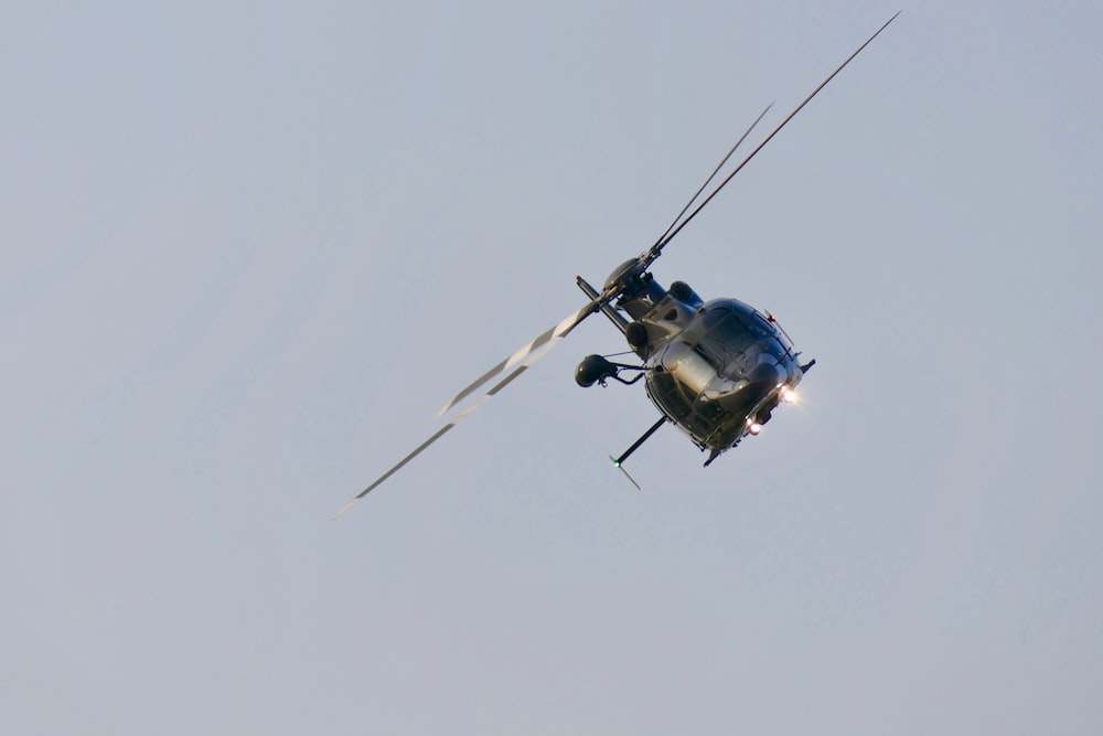 diagonal position of flying helicopter