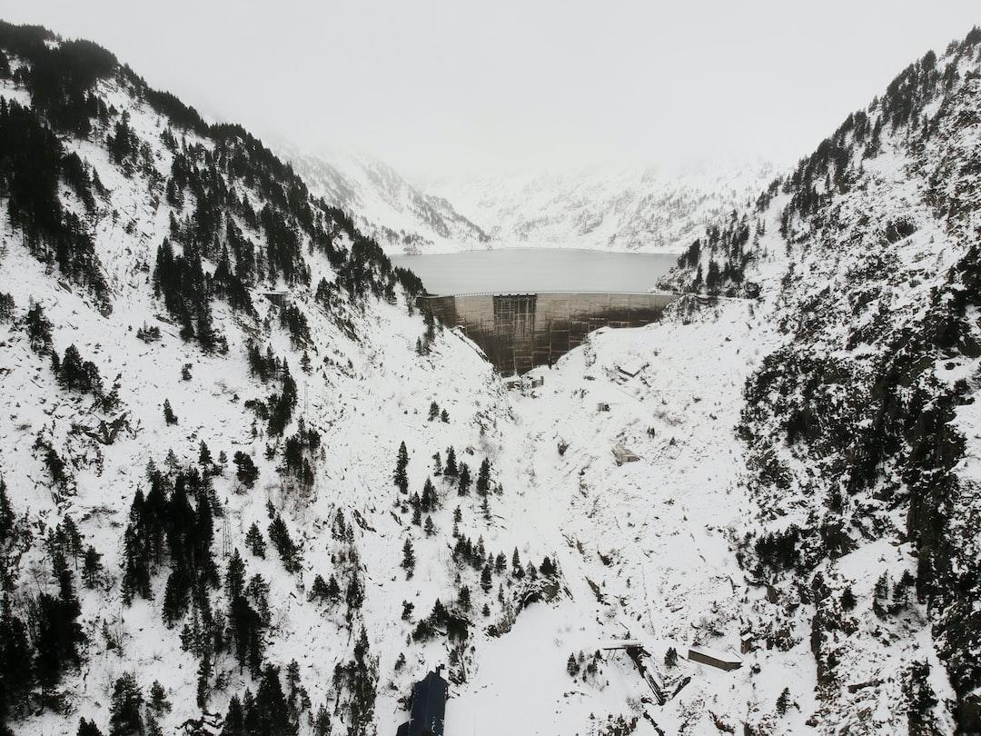 Hydroelectric dam in winter