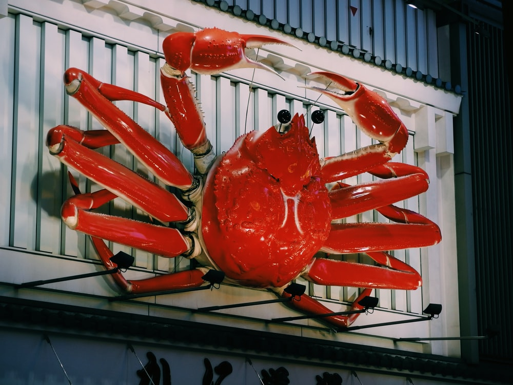 red crab wall decor