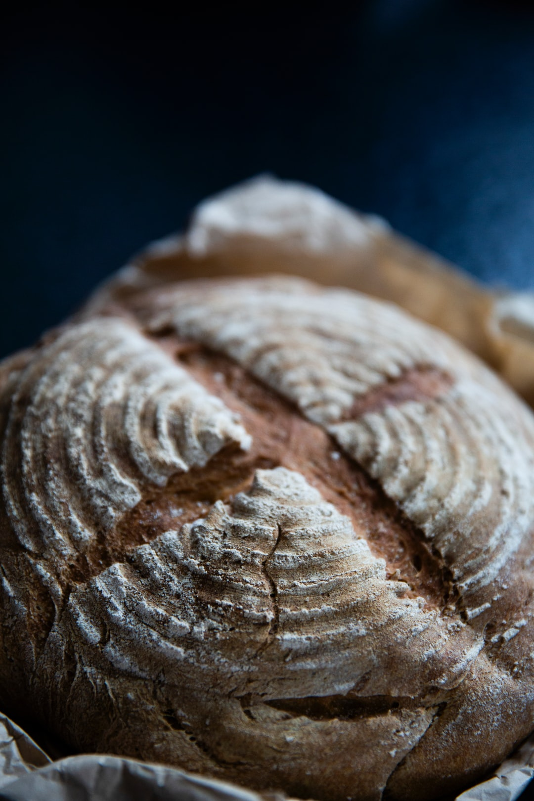 Take care of your food yourself. Homemade & handcraft wholegrain spelled bread.