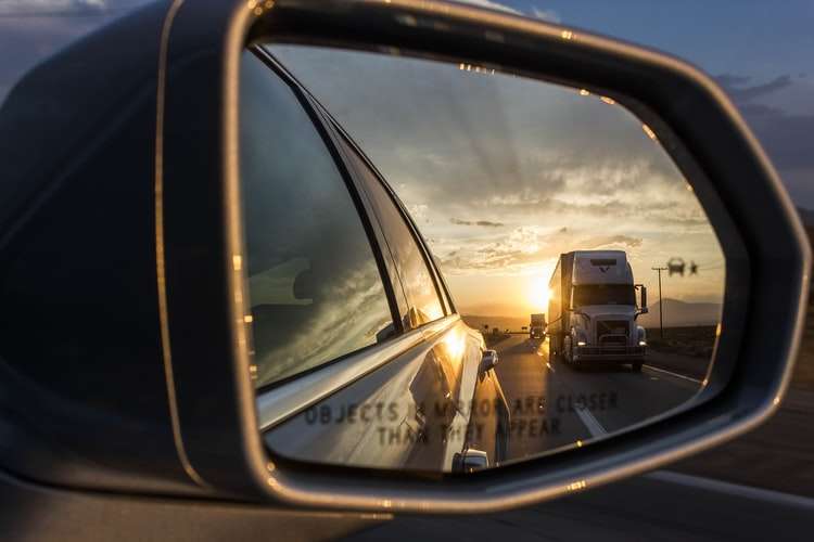 Car sideview mirror