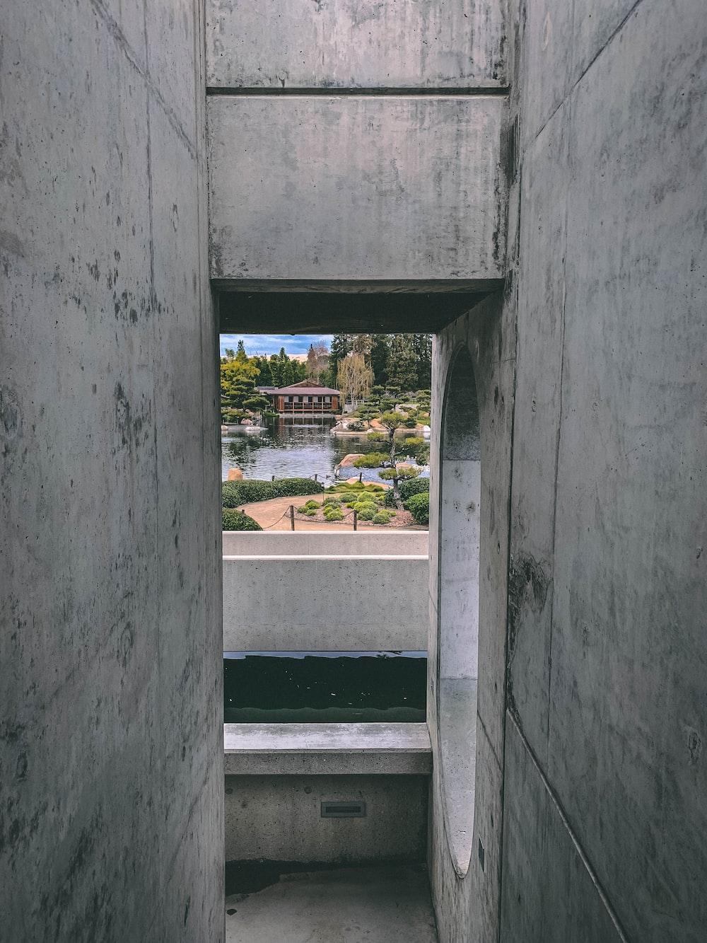 gray concrete pathway