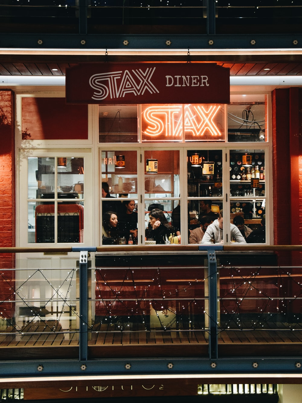 Stax Diner building on focus photography