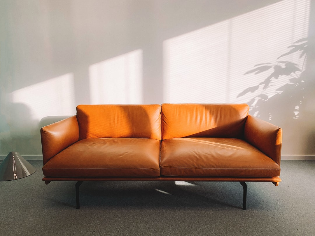 Prime 100 Couch Pictures Download Free Images On Unsplash Alphanode Cool Chair Designs And Ideas Alphanodeonline