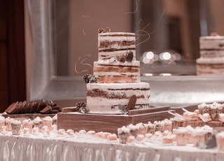 3-tier cake on table