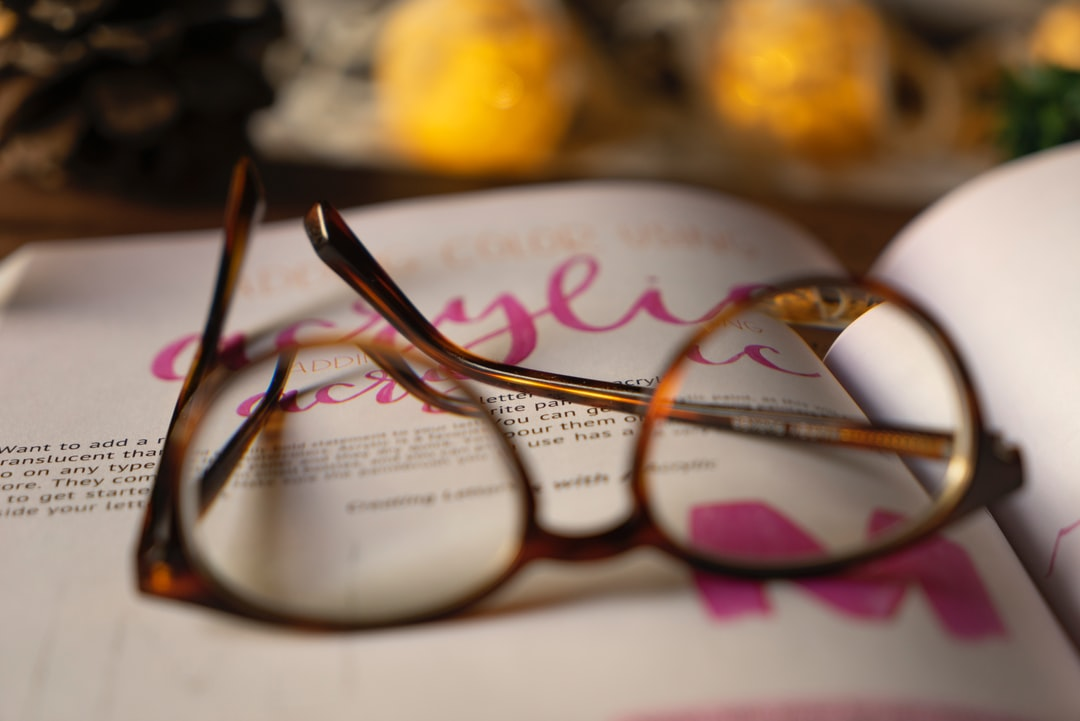 How Warby Parker Built Their Eyewear Empire with SEO