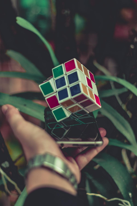 3 x 3 Rubik's cube on smatphone